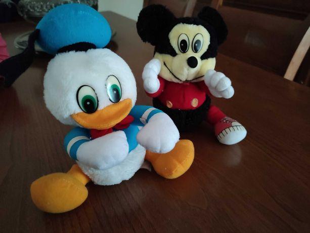 Conjunto 2 Peluches Mickey e Pato Donald