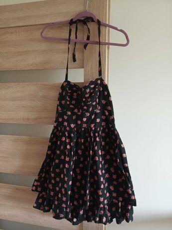 Sukienka czarna w różyczki rozmiar m