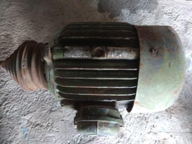 Электродвигатель 6.8 kw