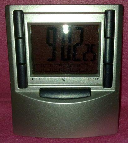Relógio Eletrónico com alarme