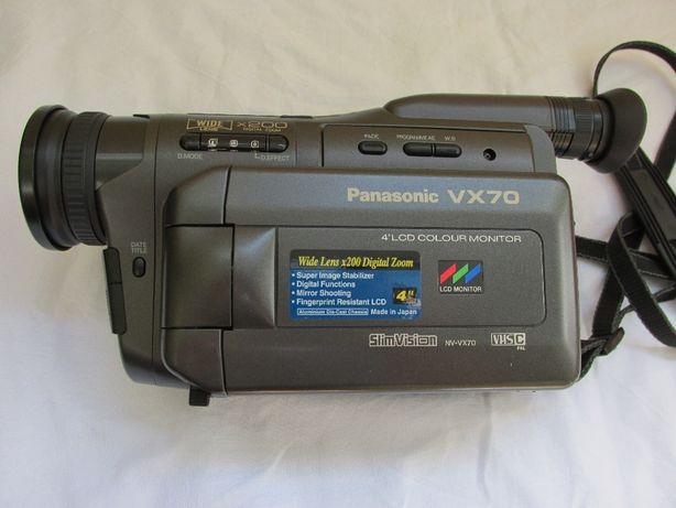 Видеокамера Panasonic VX70