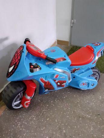 Мотоцикл каталка Спайдермен Injusa