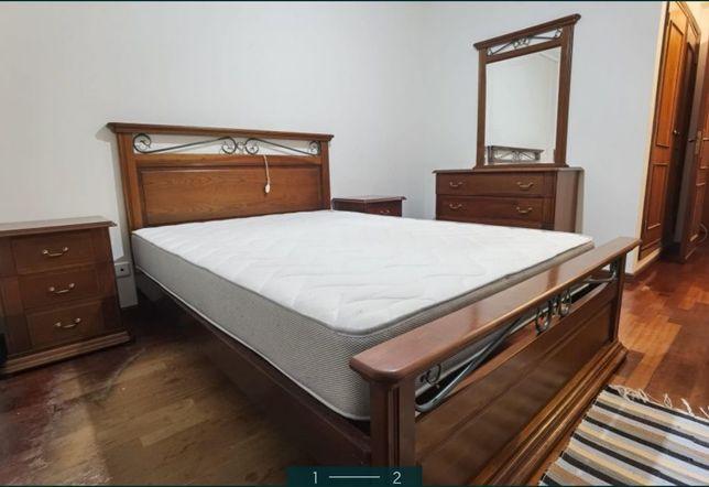Mobília quarto cama mesinhas cabeceira cómoda, vendido em conjunto ou