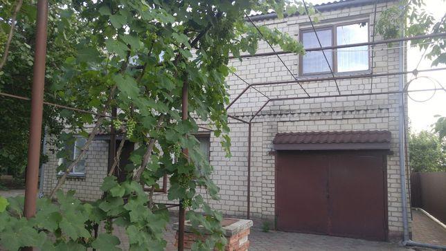 Дачное, дом с ремонтом в 2 эт, в/к, 6 сот.Рядом Нерубайское, Холодная