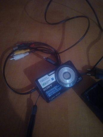 Цифровой фотоаппарат soni cyber-shot