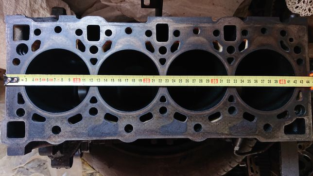 Блок циліндрів Peugeot Boxer 2.5 TDI