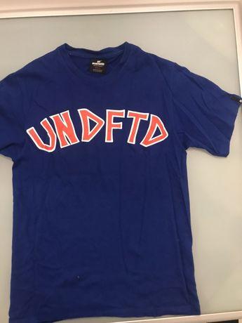 Undefeated streetwear koszulka s niebieska