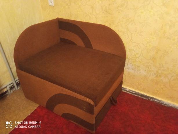 Продам диван детский