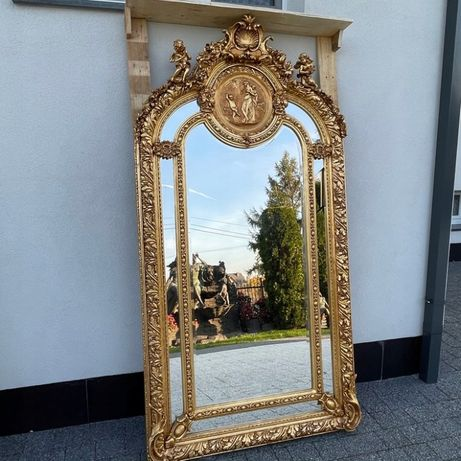 Золотое зеркало большое с медальоном и амурами