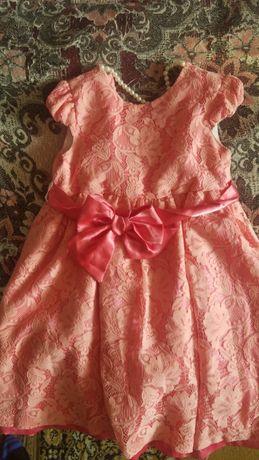 Продам детское платье для девочки недорого