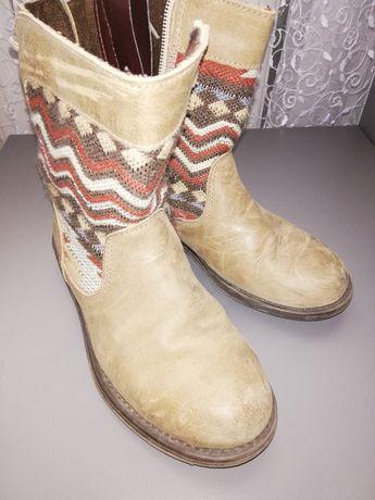 Демісезонні шкіряні чобітки на дівчинку, розмір 30