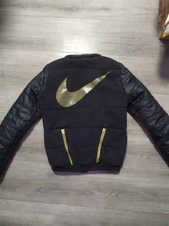 Весняні куртки недорого