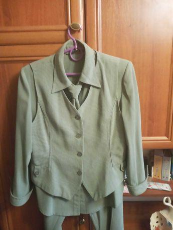 Женский костюм тройка рубашка брюки трубы и жилетка с галстуком