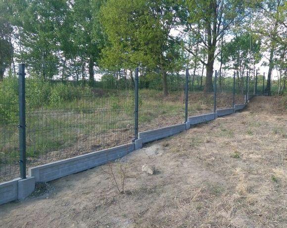 Ogrodzenie panelowe 1.23m x 2.50m drut 4mm plus podmurówka betonowa