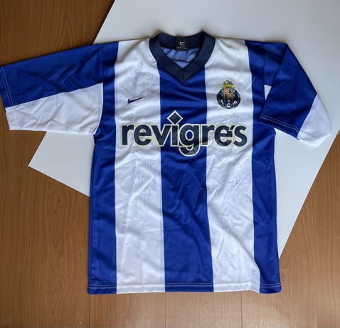 Tshirt de FCP autografada época 2002/03