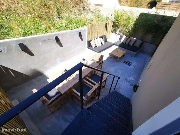 Apartamento T2 mobilado no Estoril