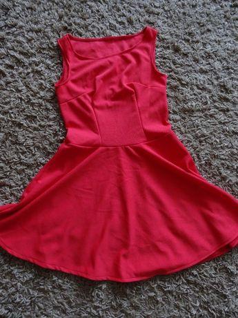 Rozkloszowana sukienka rozmiar M