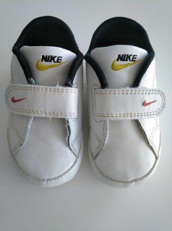 Sapatilhas Nike unisexo.