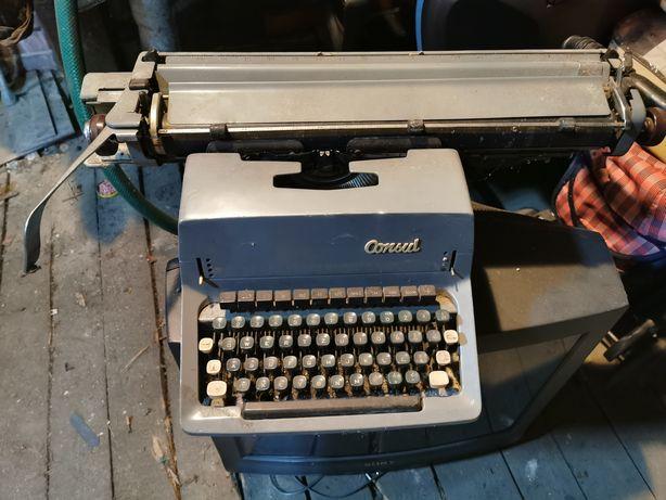 Maszyna do pisania CONSUL Model 1504