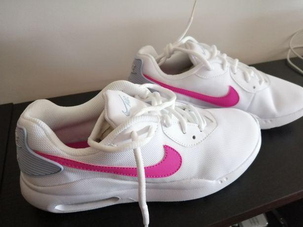 Sapatilhas Nike Air max oketo