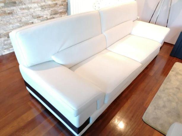 Vendo sofá em pele genuína