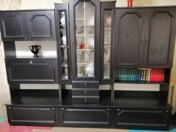 Стенка мебель хорошее состояние