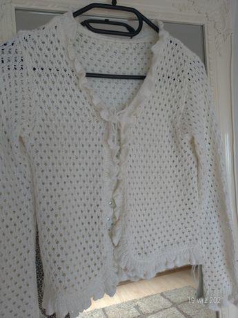 Ażurowe sweterek