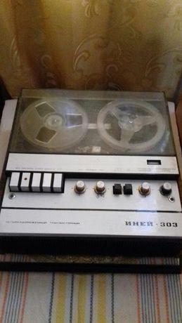 Продам СССР магнитофон