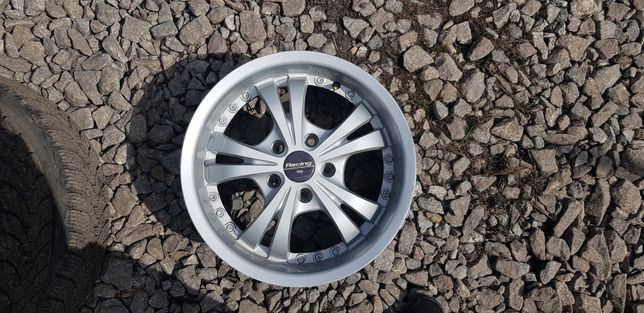 Диски   R16  на Volkswagen  skoda