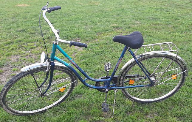 Sprzedam rower damkę.