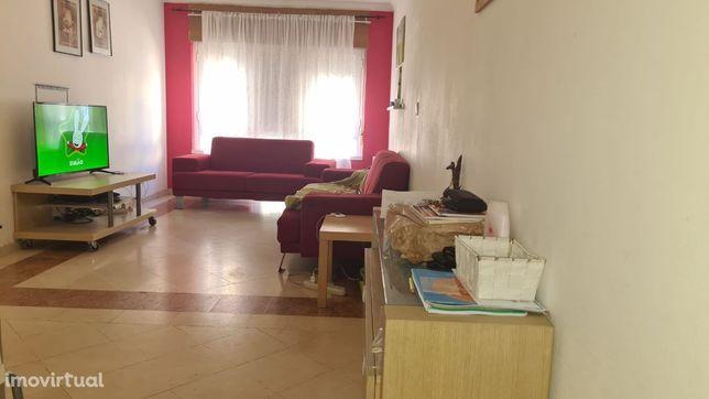 Apartamento T2, Monte da Caparica