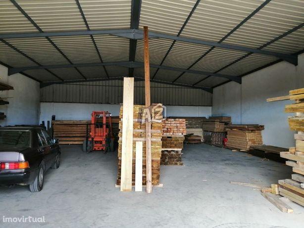 Armazém com 600m2 em Manique - só para armazenamento - Alcabideche ...