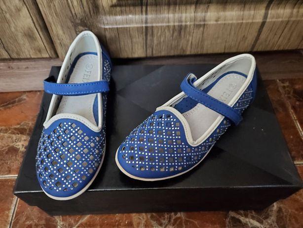 Туфли красивые (Чехия) Размер 29 ( стелька 18,5 см ) next zara hm