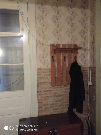 Сдам квартиру 1-комнатную в центре (Осипова) долгосрочно