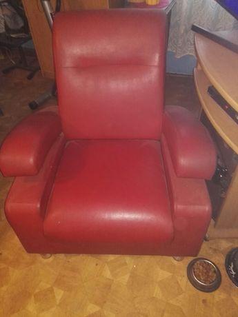 Dwa śliczne fotele na sprzedaż