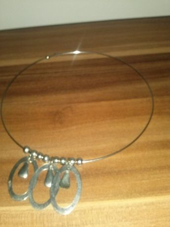 naszyjnik biżuteria kolor srebrny