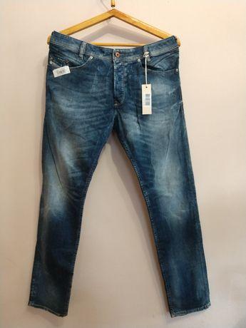 Новые джинсы Diesel IAKOP w34 l34