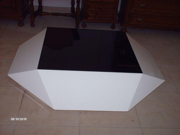 Vendo mesa de sala branca