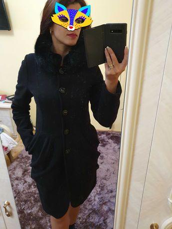 Пальто кашемірове з норкою