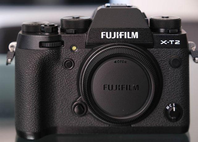 Fujifilm X-T2 (corpo) semi-novo + oferta de dois acessórios Fuji