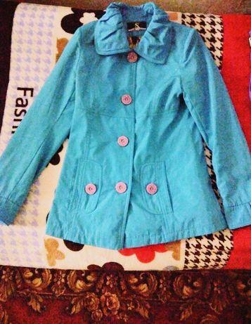 Весенняя куртка и платья.