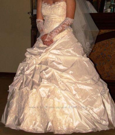 Продается счастливое свадебное платье