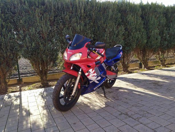 Motocykl Honda NSR 125