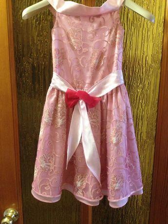 Продам платье для девочки 5-6 лет