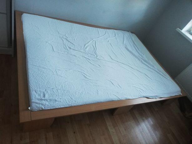 Łóżko 155 x 215 cm