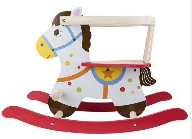 Playtive koń na biegunach