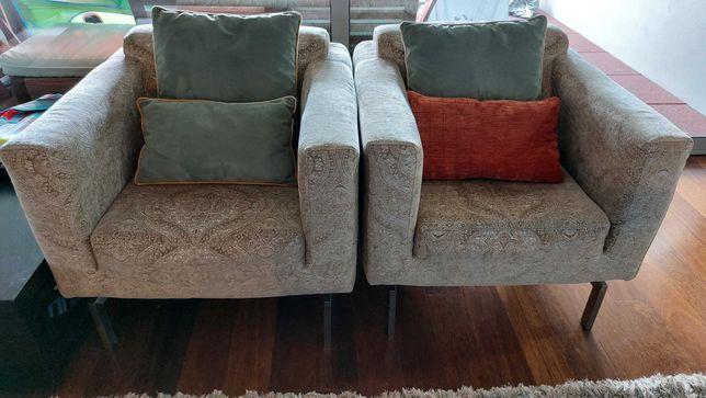 Sofá e dois cadeirões
