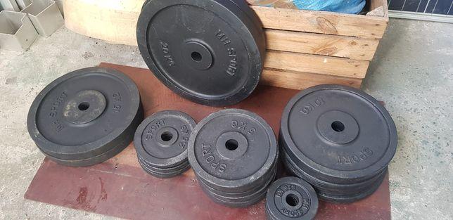 Obciążenie 155 kg  na siłownię