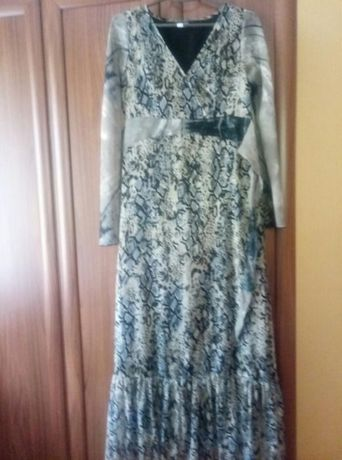 Продам длинное платье PAPAYA р. 38-40