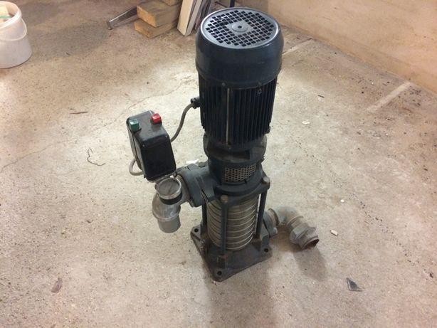 pionowa pompa wody.Możliwa zamiana